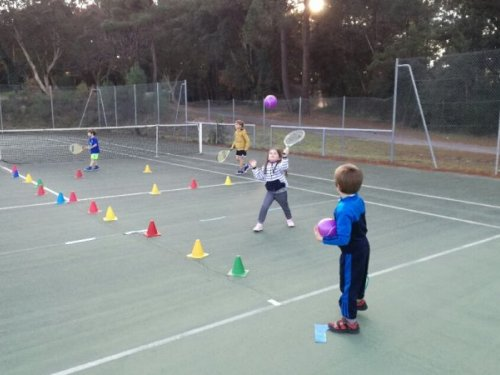 eveillez les sens de vos enfants en les inscrivant à l'académie de tennis de moliets    Du tennis de Moliets qui propose la location de courts à l'heure en dur, green-set, terre-battue, gazon couverts ou extérieurs. Des stages tennis pour tout public